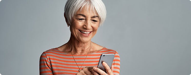 Using Your Hearing Aids with a Smartphone - TruHearing